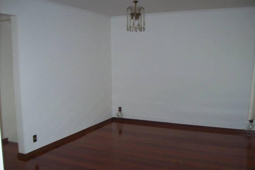 Venda                                                            - Casa                                                            - Residencial Aquário                                                                - Vinhedo                                                                /SP