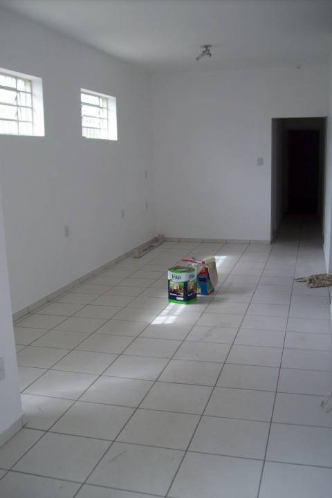 Venda                                                            - Casa comercial                                                            - Centro                                                                - Vinhedo                                                                /SP