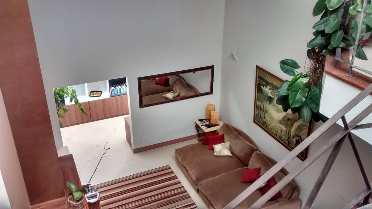 Venda                                                            - Casa em condomínio                                                            - Condomínio Jardim Europa                                                                - Vinhedo                                                                /SP